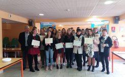 Cérémonie de Remise des diplômes en présence du Maire Mr Frimont et Mme Frigo son adjointe.